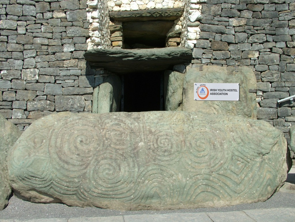entracne to newgrange monument as a hostel entrance