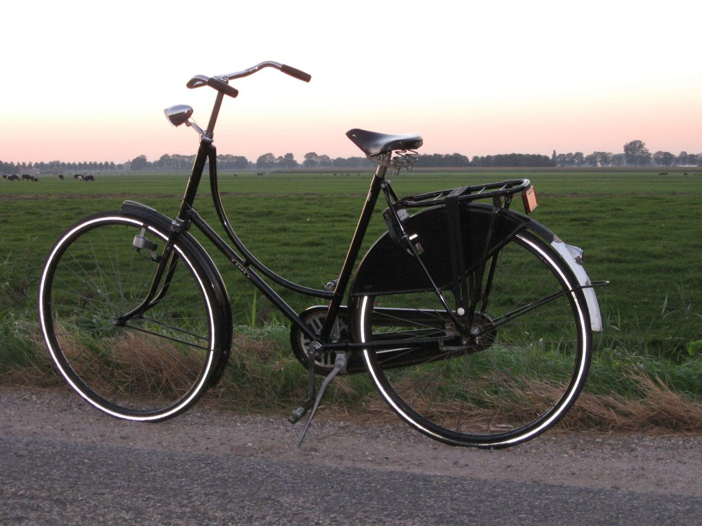 a typical dutch bike