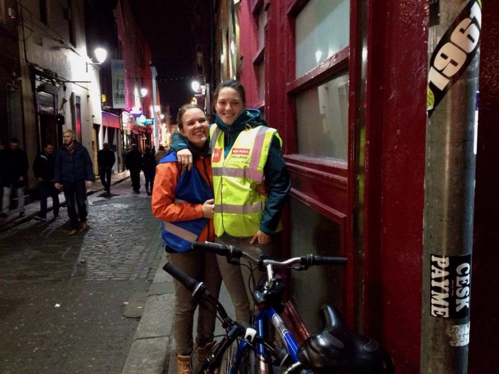 2 girls with their bikes in temple bar, dublin